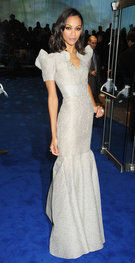 "Saldana at the ""Avatar"" premiere in London (Essence)"