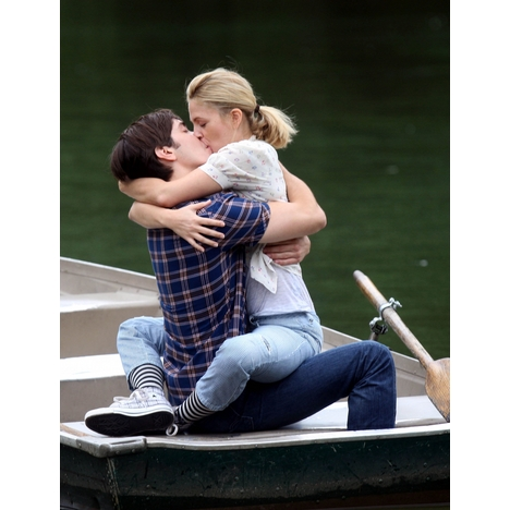 are drew barrymore and justin long still dating