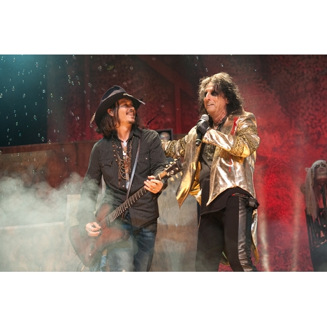Johnny_depp_alice_cooper_112912_handout_full