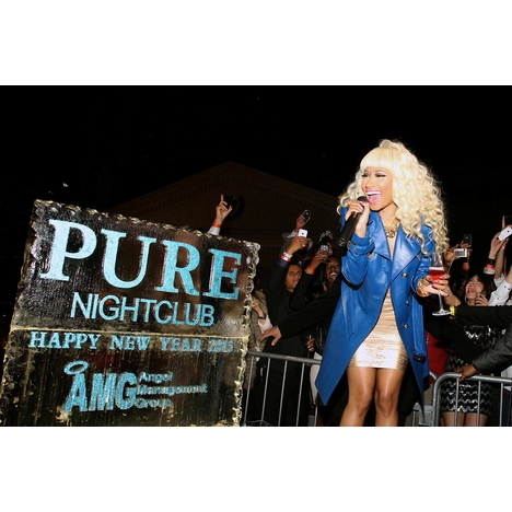 Nicki_minaj_countdown_pure_nightclub_full
