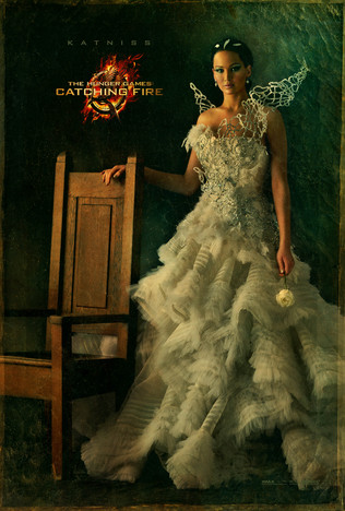 Fin05c_idiom_chair_katniss_full