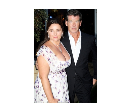 keely shaye smith 2011. Pierce Brosnan and Keely Shaye