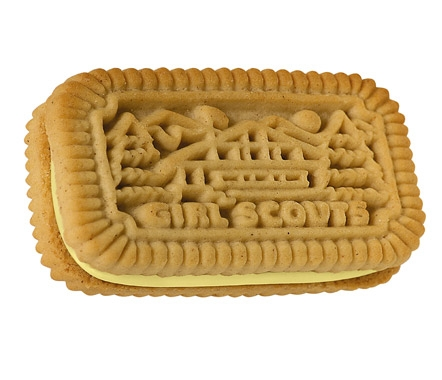 Lemon Chalet Cremes / 6 cookies = 480 calories Serving Size: 1 Cookie; Calories: 80, Total Fat: 3g
